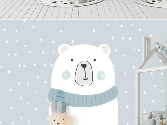 Замерзший белый медведь