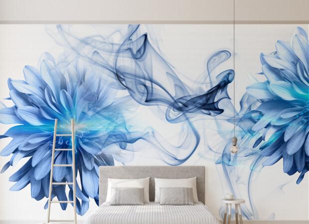 Голубые пионы и сизый дым