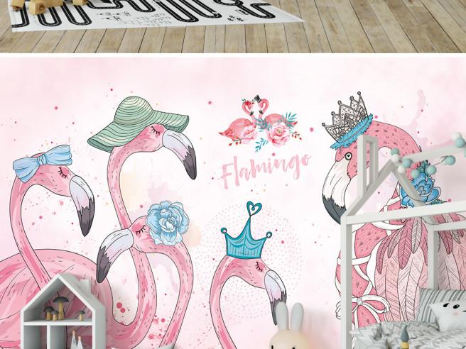 Фламинго в головных уборах