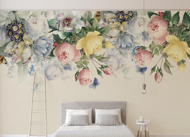 Чайная роза и синие бабочки