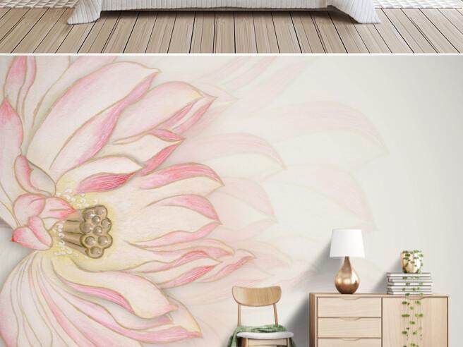 Отражение розового цветка