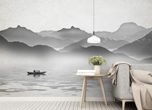 Серые горы в тумане
