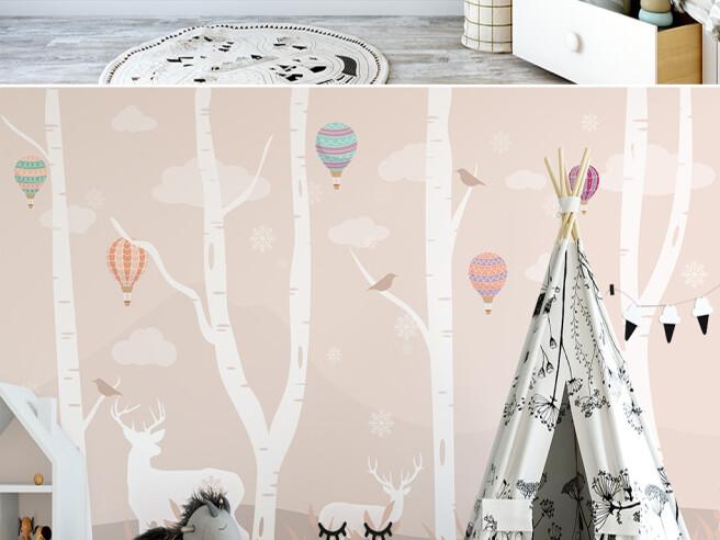 Олени в розовом лесу