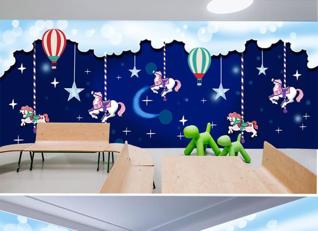 Ночная карусель и воздушные шары