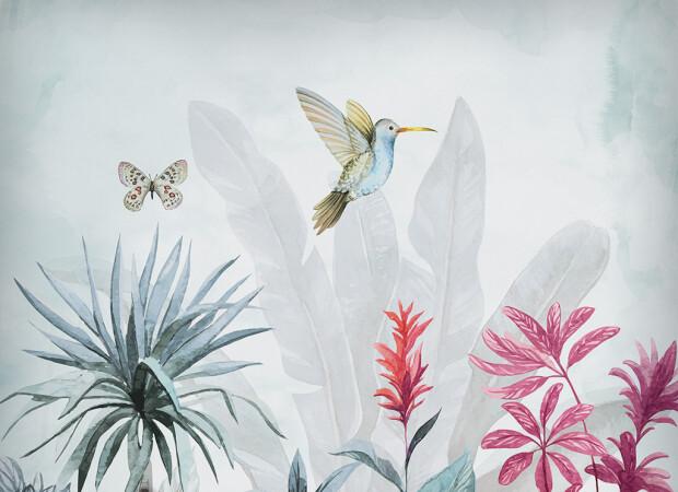 Колибри и бабочка над цветком