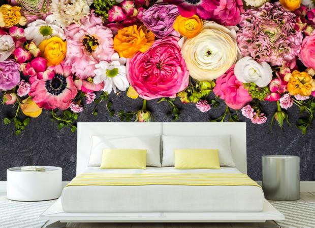 цветы на графитовом фоне