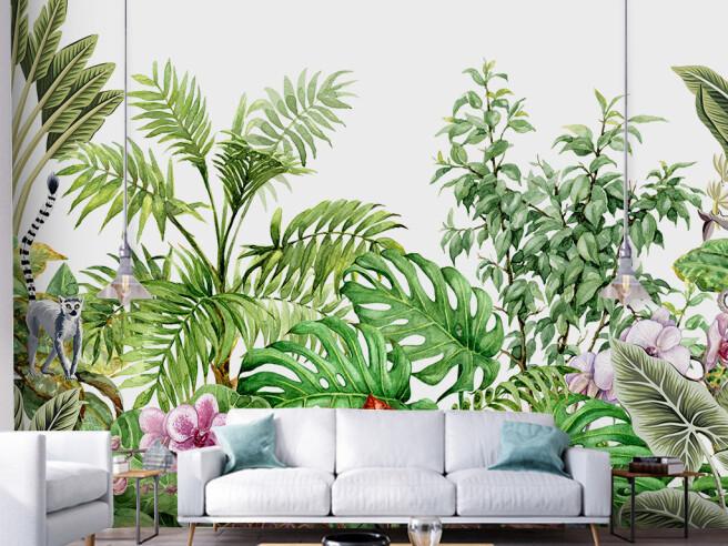 Лемур и тропические растения