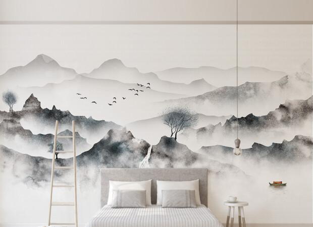 Темные горы в тумане