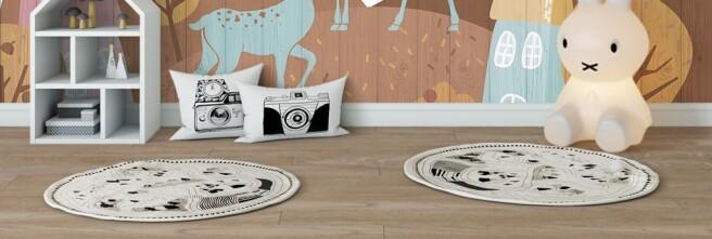 Фотообои Два оленя на деревянном фоне