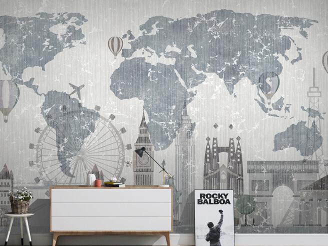 Лондон на фоне карты мира