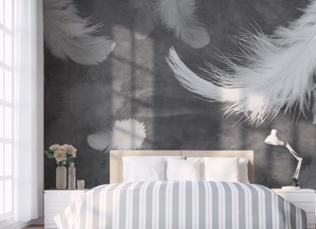 Перья над кроватью