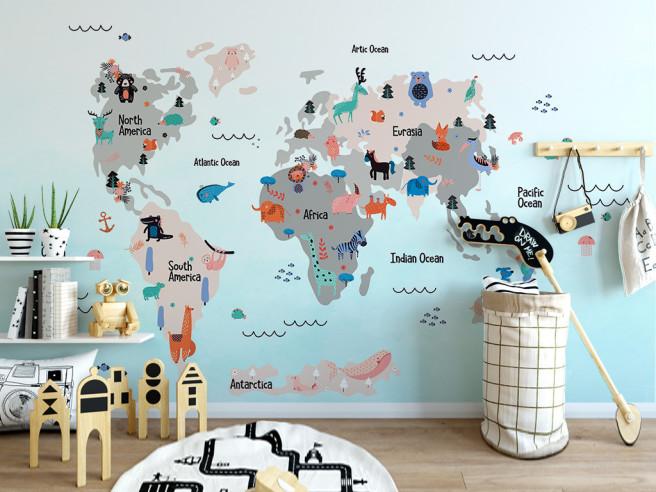 Голубая карта мира с животными