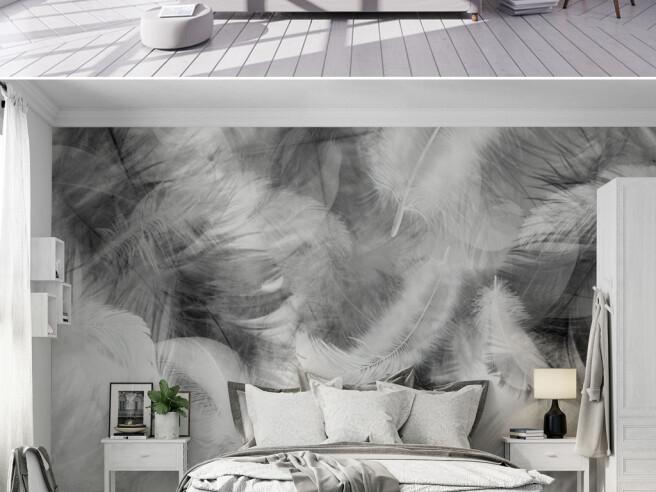 Черно-белые перья в дыму