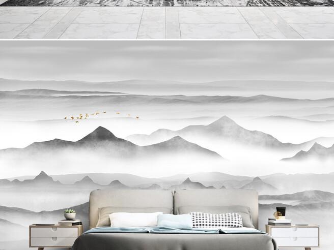 Вершины гор в облаках