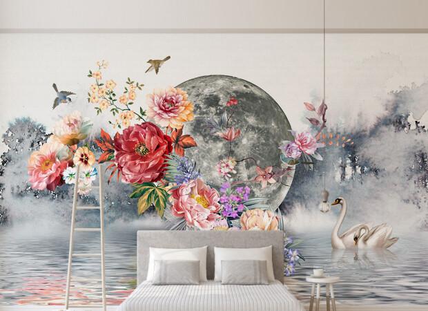 Цветына фоне луны