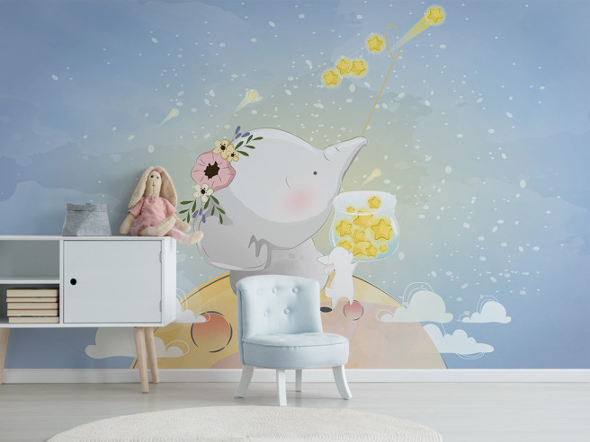 Слон с зайцем на луне
