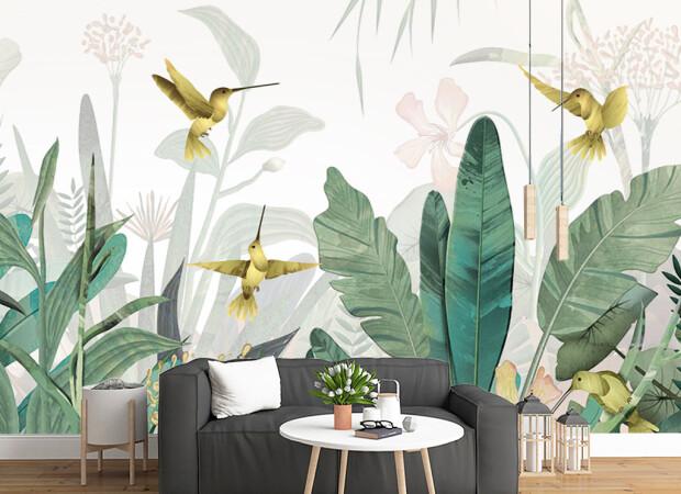 Четыре колибри над листьями пальм