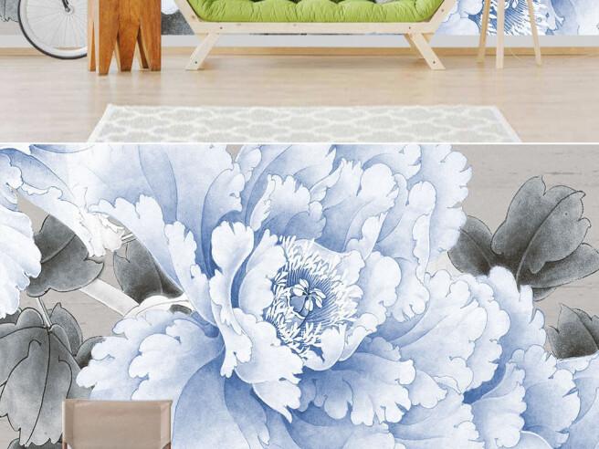 Большой голубой цветок