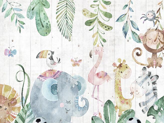 Маленькие зверушки на деревянном полотне