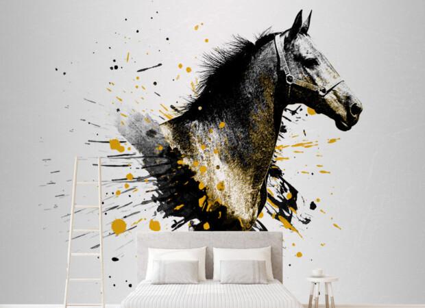 Лошадь вкрасках