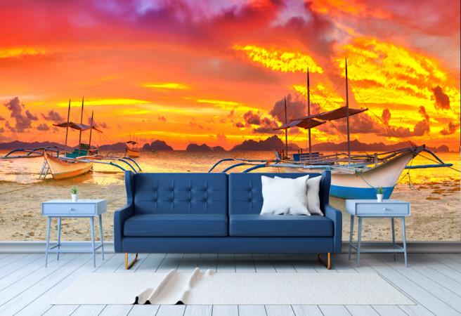 Лодки на причале закат