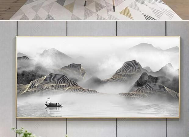 Лодка посередине озера