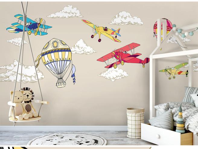 Разноцветные самолетики
