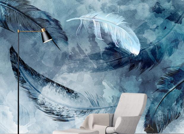 Голубое перо и черные