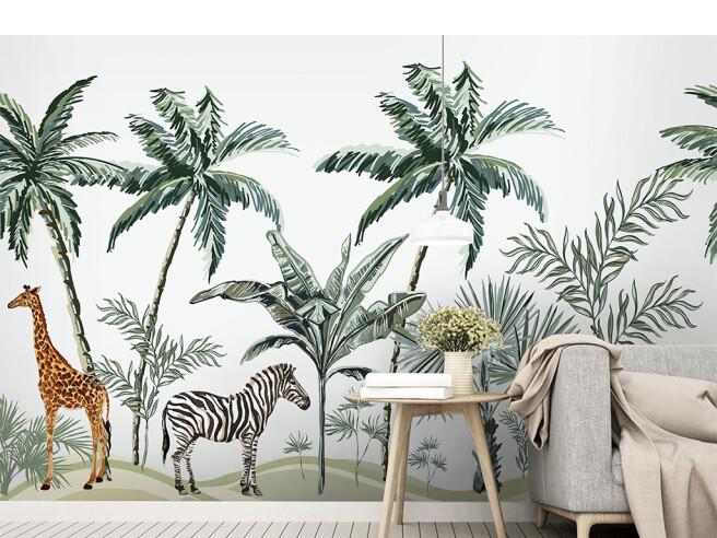 Жираф и зебра на тропинке