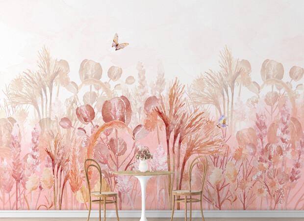 Бабочка над розовыми кустами