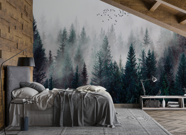 уютный лес в дымке